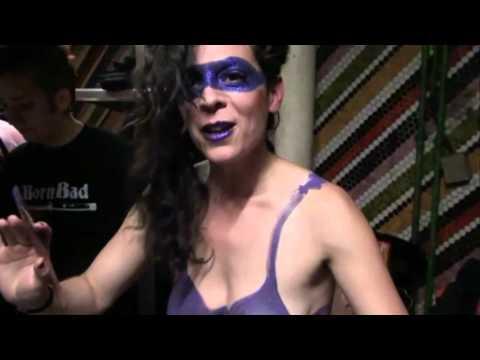 Too Much Pussy de Emilie Jouvet avec Judy Minx Bandeannonce