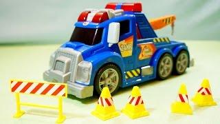 Мультики про машинки: Друг в беде! Машинки для детей: Эвакуатор.(, 2015-05-19T07:06:43.000Z)