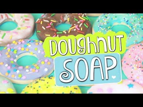 DIY Doughnut Soap // Easy Melt & Pour Soap Donuts How To