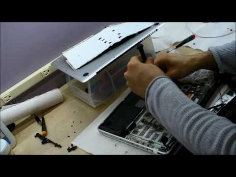 Unibody Macbook Pro Keyboard Replacement   Liquid Spill Damage Repair by Rossmann Group iXiCjLias1w