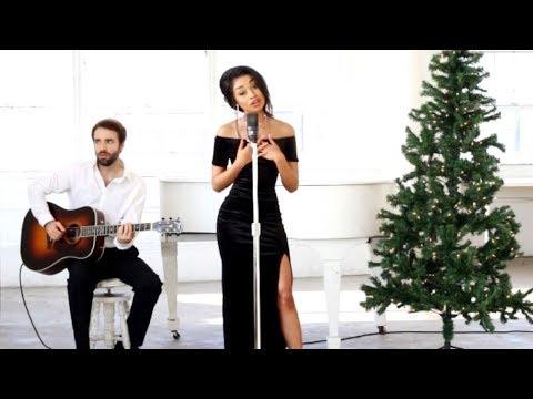 Desiree Mitchell - Mistletoe (Acoustic Music Video)