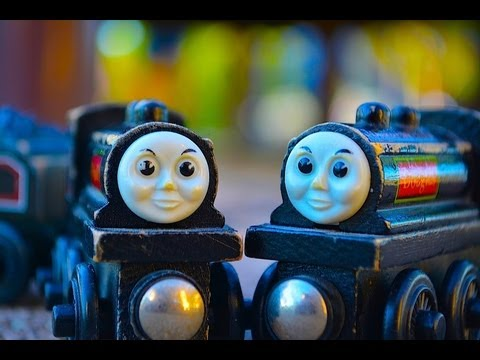 Thomas The Tank Engine Character Fridays Donald & Douglas - A Wooden Railway Toy Train Review