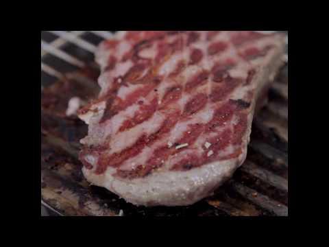 Tunin steak na žaru