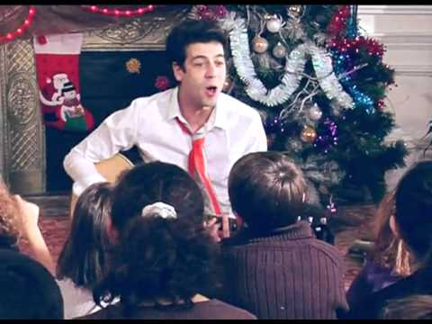 Max Boublil Joyeux Noel Youtube.Max Boublil Joyeux Noel Clip Officiel