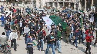 شاهد... مظاهرات في المدن والبلدات السورية المحررة تجدد العهد باستمرار الثورة لحين إسقاطِ النظام