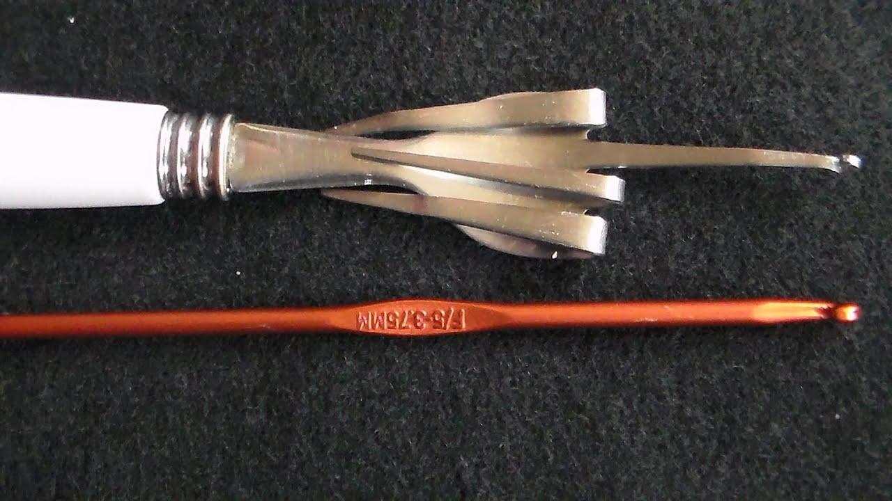 7a610e51e6b4 Como Hacer un gancho Con un Tenedor para tejer las pulseras de gomitas o  ligas Rainbow Loom by CraftyMaluz