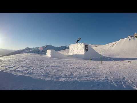 BACKFLIP SKI snowpark Laax