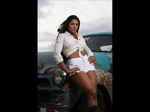 American Native Girl . Photoshooting inspired.