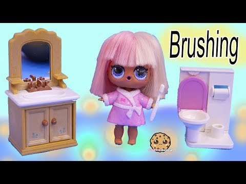 Happy Teeth + Princess Tooth ! LOL Surprise Doll Dentist Visit - Toy Video