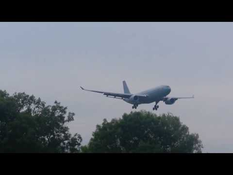 The mighty Airbus A330 Voyager refueling tanker | Approaching Brize Norton