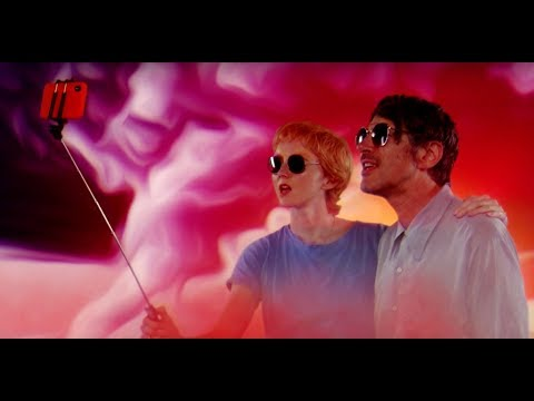 Gruff Rhys (ft. Lily Cole) - Selfies In The Sunset (Official Video)