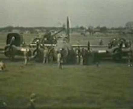 B 17 BELLY LANDING AT PODINGTON 1944 WW 2. WITH SOUND TRACK