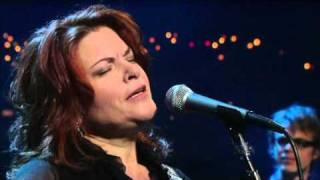 Watch Rosanne Cash 500 Miles video