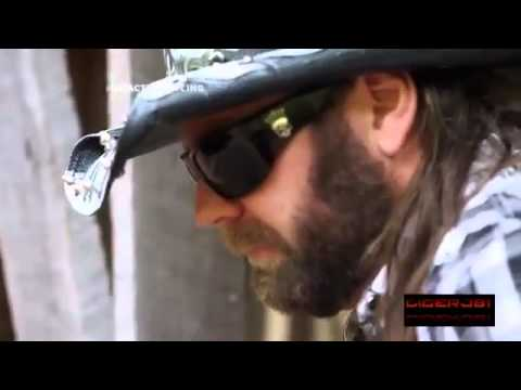 James Storm Theme song ( Longnecks and Rednecks)
