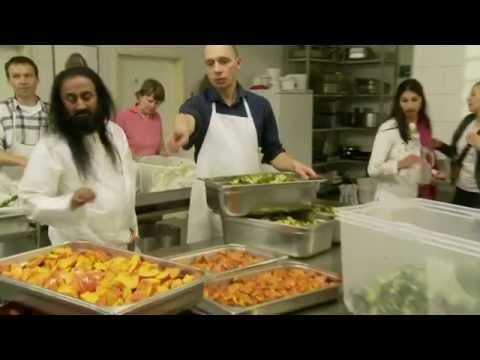 Sri Sri Ravi Shankar In Kitchen