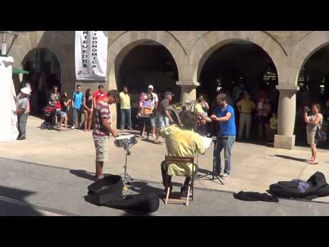 Flashmob Waltz n2 de shostakovich- Plaza de Abastos de Pontevedra