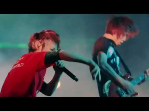 UVERworld - 7th Trigger (LIVE)
