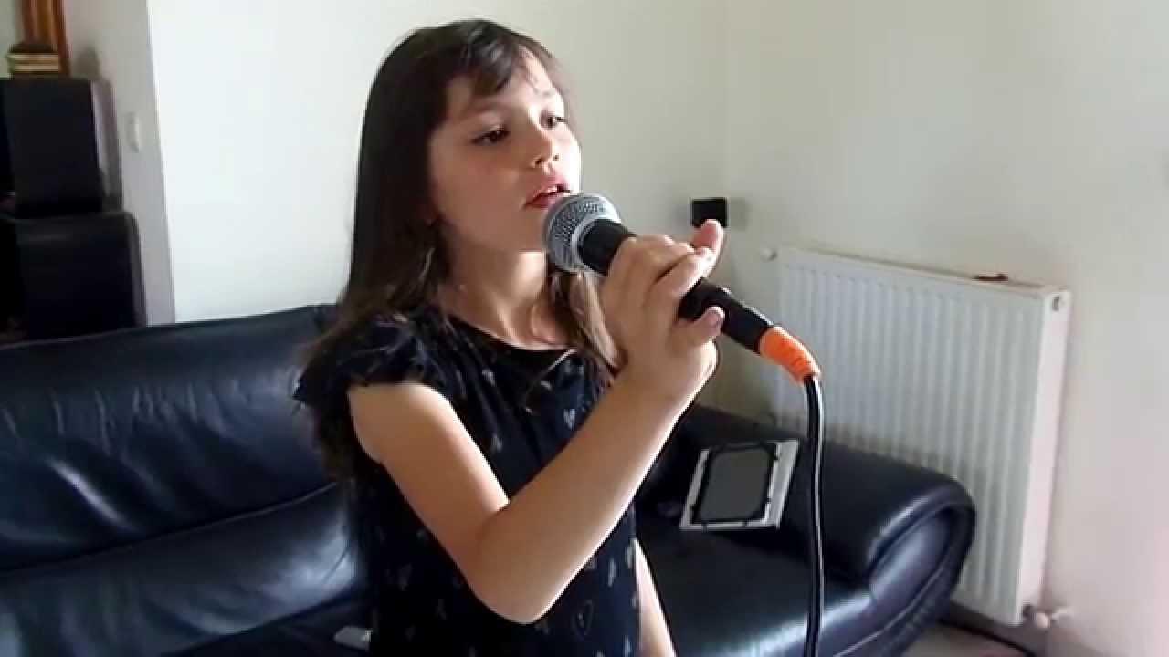 Je vole chanson de louane interpr t par clara 9 ans 1 2 for Musique de louane