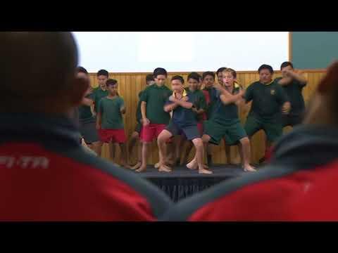 Hamilton school kids welcome Tongan league stars with ferocious haka