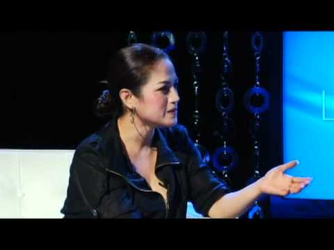 "Lam Thuy Van Show with Hanh Truong "" Psychologist  "" Part 1"
