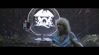 Tour Rehearsals: Lightning tour around Tour Village With Brian May 15012015