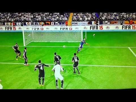 Sevilla Player Hits Crossbar Twice In 2 Headers