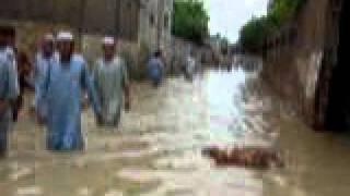 floods charsadda utmanzai mohallah nawa sahib (Dagshamozai) 4.MPG