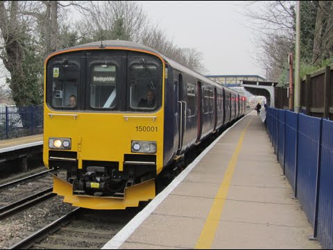 UK: FGW Class 150/0 diesel multiple units working between Reading and Basingstoke