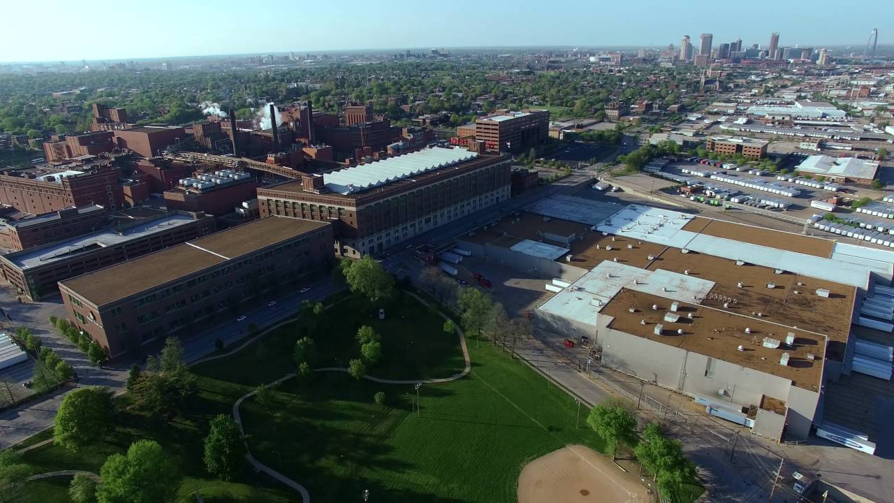 Drone over Budweiser Brewery (Anheuser Busch) in St. Louis (4K)