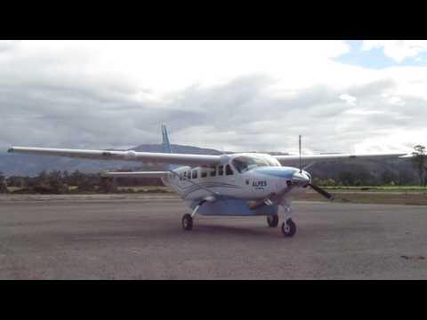 ALPES(aerolineas petroleras colombia) cessna grand caravan   start up