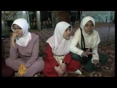 Indonesian film 'a hit' for Muslims - 16 Apr 08
