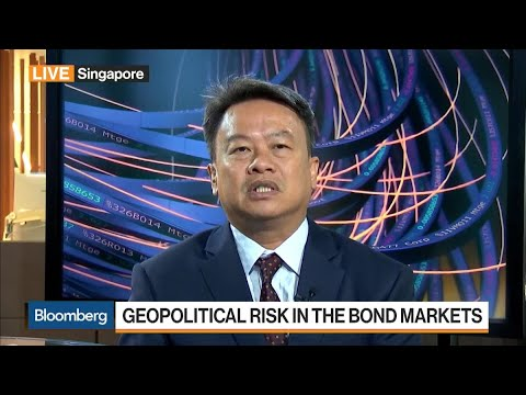 Geopolitical Risk and the Bond Market