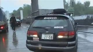⑭ボルガ河をはしけで渡る 金子浩久『ユーラシア横断1万5000キロ』