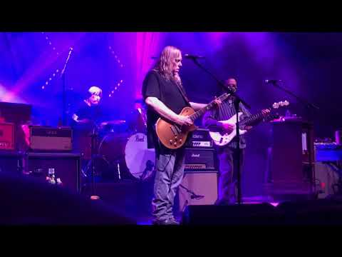 "Gov't Mule ""Whipping Post"" Macon City Auditorium 4/26/19 w/Jack Pearson & Duane's Goldtop sitting in"
