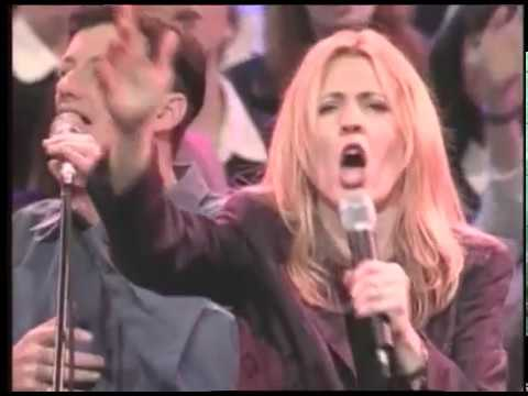 Darlene Zschech - Shout to the Lord (Live)