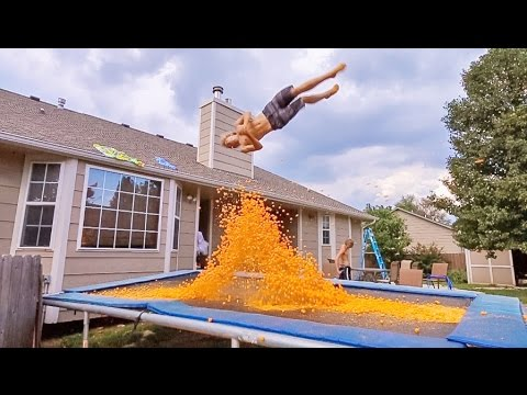 Thumbnail: TRAMPOLINE VS 10,000 CHEESE BALLS!