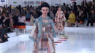 Cruise 2015/16 CHANEL Show