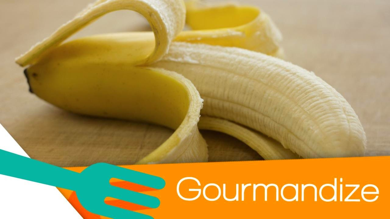 How To Peel A Banana The Right Way - Gourmandize - Youtube-1149