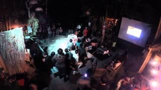 Pesta di Halaman Rumahku [time-lapse]