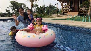 Liburan Zara Cute part 2 | Yeay Sampai di Tenjolaya Bogor 😍 Liburan Seru di The King Villa