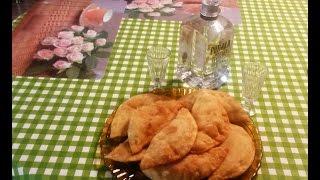 Улетные крымские чебуреки по-домашнему. Очень просто и вкусно.