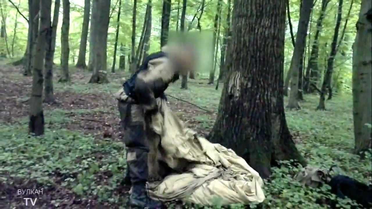 РВ] Быстрое укрытие от дождя в лесу из плащ-палатки - YouTube