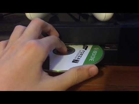 XBOX ONE   Insert - Eject Disc