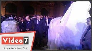 وزيرا السياحة والآثار يرفعان الستار عن تمثال