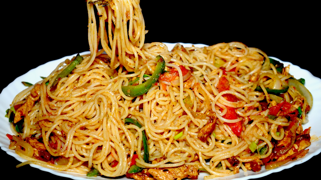 Tasty Spaghetti Recipe Chicken Vegetable Spaghetti Homemade Spaghetti Recipe Youtube