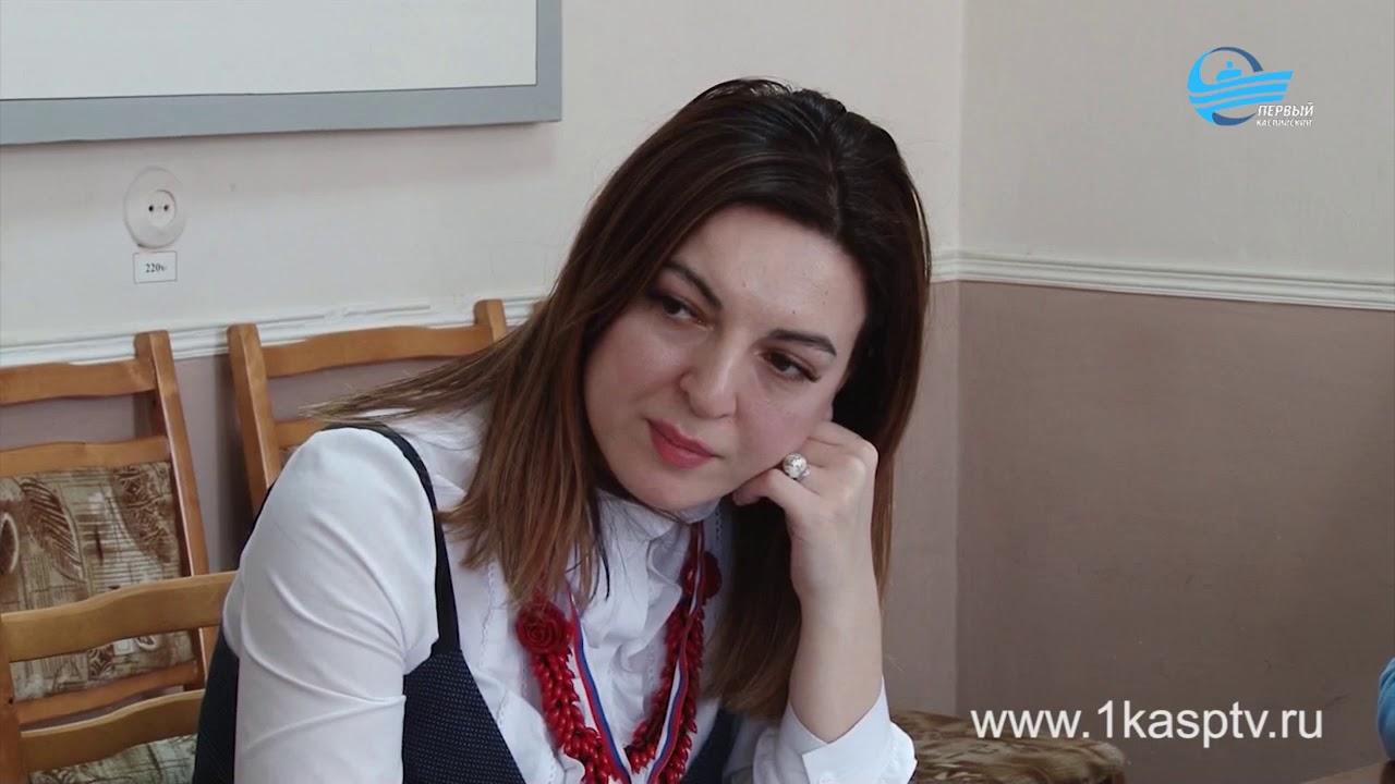 В военном комиссариате города Каспийска прошел семинар по теме  «Противодействие коррупции», который провел помощник прокурора Гюльмет Ханамиров