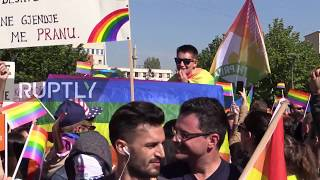 Serbia: Hundreds take part in Kosovo's first ever LGBT Pride parade