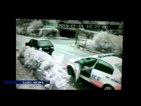 Metro cops caught on camera soliciting bribes