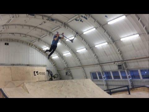 Valga indoor skatepark visit with homies