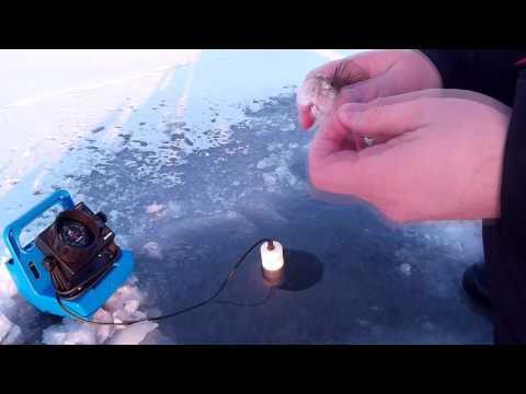 Ice fishing with Vexilar FL-8